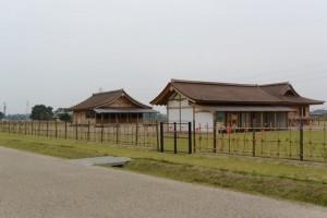 完成した斎宮跡復元建物(明和町斎宮)