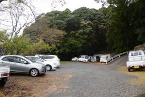 駐車場が満車の磯部神社