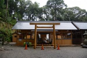 新しい社殿が御造営されている磯部神社