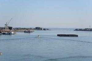 太一御用船(御幣鯛船)を出迎える船の出発(伊勢市神社港)