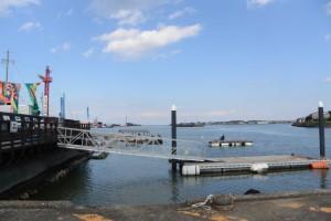 太一御用船(御幣鯛船)を見送った後の神社港