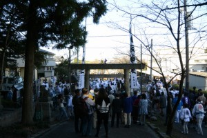 松阪神社前に到着した奉曳車(松阪神社式年遷座・お木曳き)