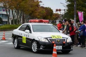 「先行」車(第47回全日本大学駅伝)