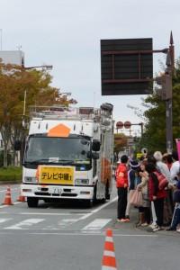 「テレビ中継1」車(第47回全日本大学駅伝)