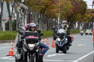 「カメラ」バイク(第47回全日本大学駅伝)