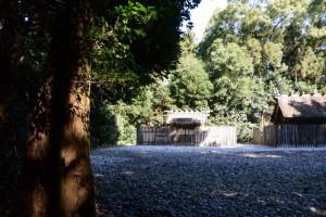 神麻続機殿神社(皇大神宮所管社)と八尋殿