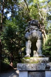 松阪神社から本居宣長ノ宮への参道(松阪市殿町)