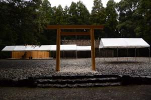 大御饌の儀を終えた神服織機殿神社および同社末社八所