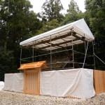 瑞垣御門および瑞垣が建て替えられた神麻続機殿神社(皇大神宮所管社)