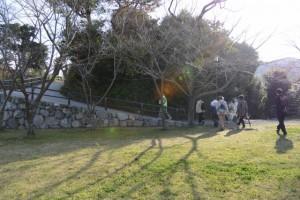 城山公園から鳥羽城本丸跡へ