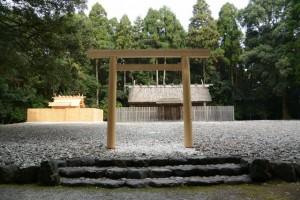 神服織機殿神社(皇大神宮所管社)、八尋殿