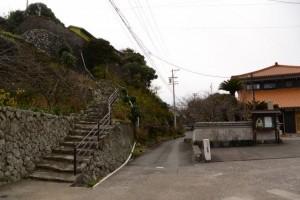 大慈寺付近の石段