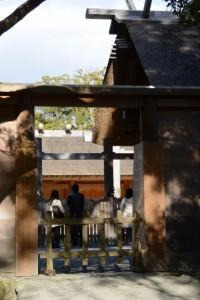 板垣に準備された臨時の出口(外宮)