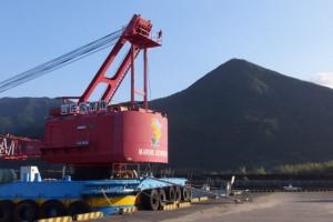 東串良漁港から望む権現山