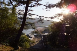神武天皇御発航伝説地碑付近からの眺望