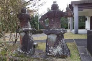 「町指定専念寺の仁王像地蔵像」(鹿児島県肝属郡東串良町)