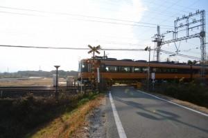 近鉄山田線(宮川右岸堤防道路)
