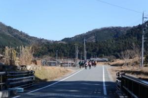 金輪橋(藤川)を渡って