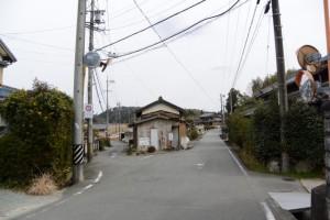 道標付近:伊勢本街道 (3)池上 17