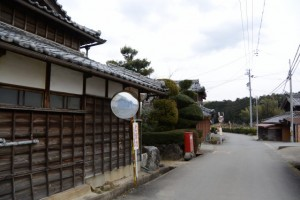 伊勢本街道(株式会社ダイヘン 三重事業所付近〜伏拝坂)