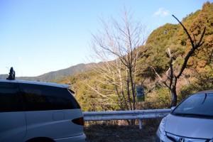 野見坂隧道の南側にある駐車スペース