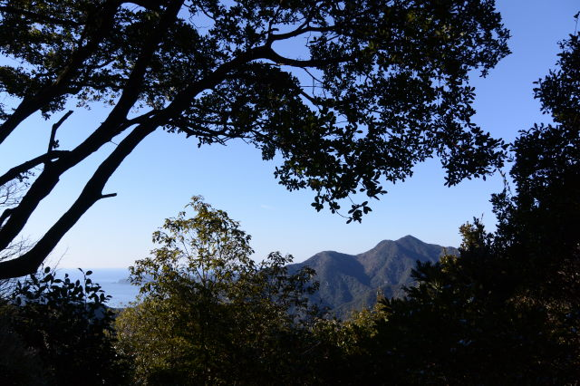 道方山登山口から尾根道へのルート(能見坂峠経由)の再確認