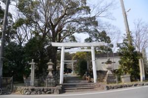 離宮院公園を貫く官舎神社の参道(伊勢市小俣町本町)
