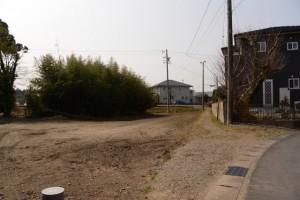 湯田3交差点付近の小径