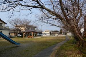 最近建設された東屋(王中島公民館付近)