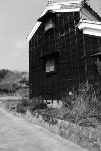 長野神社〜「・・・東山」の道標(津市美里町北長野)