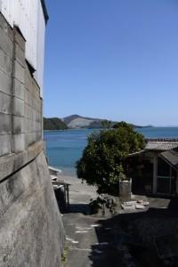 満留山神社から安楽島海水浴場へ(鳥羽市安楽島町)