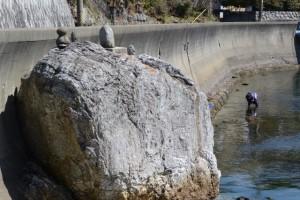 安楽島漁港の石仏(鳥羽市安楽島町)