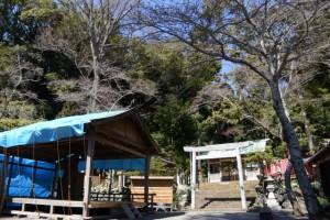 まだ設置されていた仮設能舞台(賀多神社)