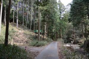 枇杷ヶ谷地蔵〜経ヶ峰 山出ルート 登山口駐車場