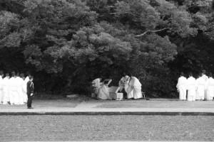 神田下種祭、神饌および作長、作丁、神職の修祓(神宮神田)