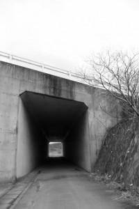 伊勢二見鳥羽ラインのトンネル(朝熊川付近)