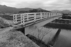 朝熊川に架かる朝熊橋(歩道橋)
