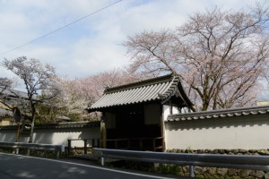 国史跡旧豊宮崎文庫の門