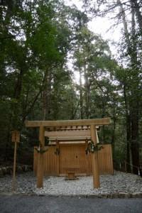 長由介神社(瀧原宮所管社)、川島神社(同)を同座