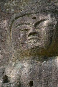 県指定文化財 彫刻 磨崖 阿弥陀如来立像(石山観音)