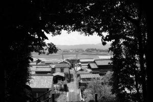 棒原神社(皇大神宮 摂社)から遠望する蚊野神社(同)方向