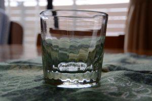 一目惚れで買ってしまった「吹きガラス でく工房」の手作りグラス(アースデイ伊勢にて)