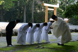 神御衣奉織始祭(神麻続機殿神社)