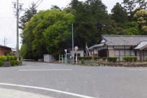 川添神社脇、松阪へと向かう熊野街道