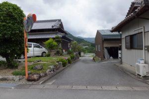 浅間踏切〜旧旅館阿波屋、渡し後への分岐(熊野古道伊勢路)