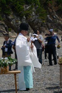 御潜神事 再現(鳥羽市国崎町 老の浜)