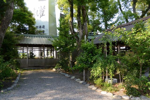 珍しい建物、祓殿(世木神社)