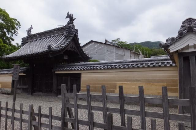 改修されている神宮祭主職舎本館(旧慶光院客殿)
