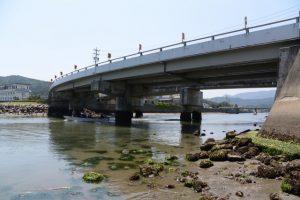 海の祭場へ向かう藻刈神事の船(報道用)
