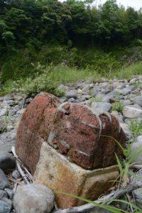 三瀬の渡し(宮川)に流されたレンガ製橋脚の一部?
